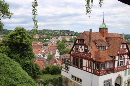 Die Unistadt Tübingen am Neckar.