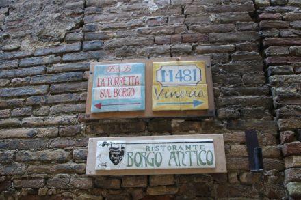 Im romantischen Grottammare Alta laden zahlreiche Restaurants und Weinkneipen ein