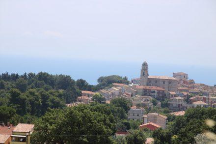 Die Wanderung zum Passo del Lupo und auf den Monte Conero startet im Norden von Sirolo