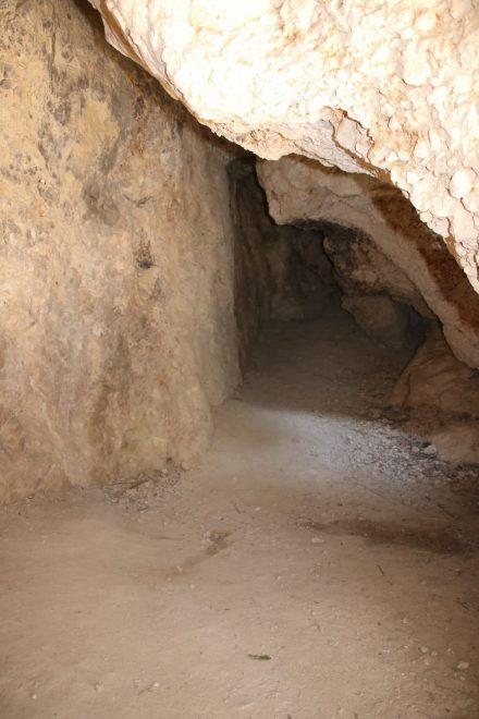 Die Grotta del Mortarolo ist eine Naturhöhle