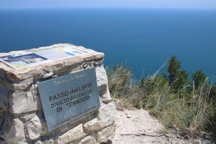 Am Passo del Lupo endet der öffentliche Wanderweg