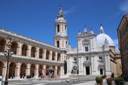 Entlang der Küste der Marken nach Ancona und zum Pilgerort Loreto