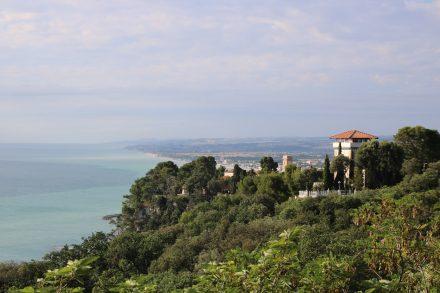 Herrliche Aussichten vom Promenadebalkon in Sirolo