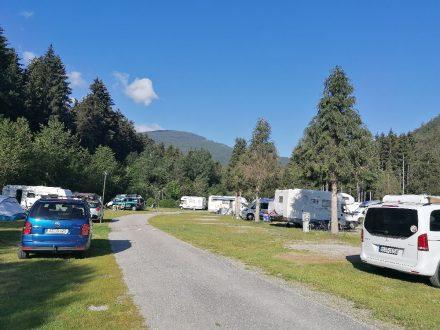 Rund 150 Stellplätze bietet der Camping Corones in Antholz