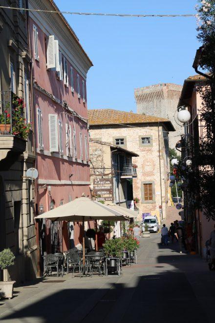 Die kleine, idyllische Altstadt von Castiglione del Lago