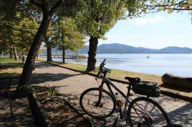 Den Lago di Trasimeno schon über die Hälfte umrundet