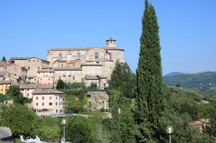Direkt am östlichen Etrusker-Tor findet man diesen schönen Ausblick
