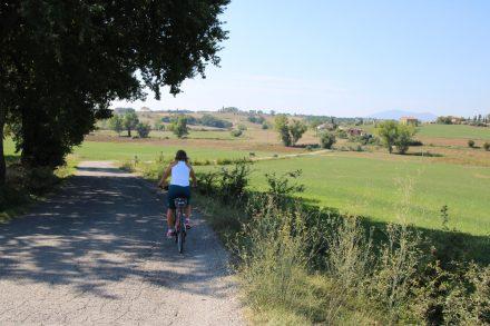Mit dem Bike durch die Hügellandschaft von Umbrien
