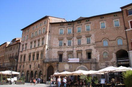 Der Corso Vanucci ist die größte Einkaufsstrasse in Perugia