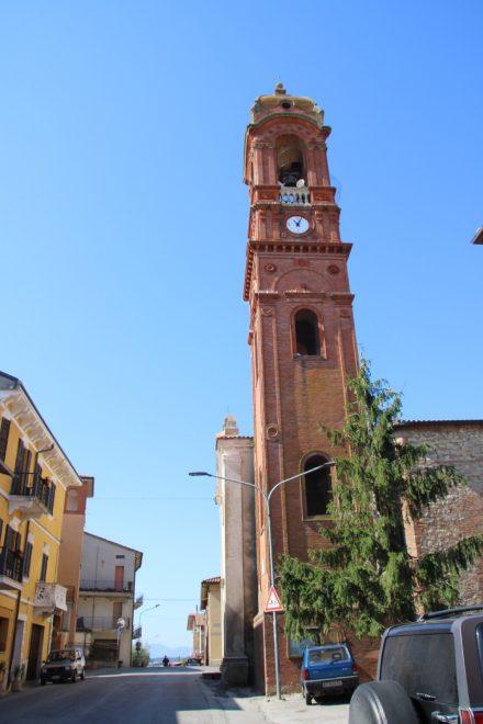 Kurz nach Castiglione del Lago kommt das kleine Örtchen Sanfatucchio