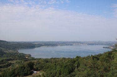 Der Bolsenasee entstand beim unterirdischen Einsturz von Magmakammer