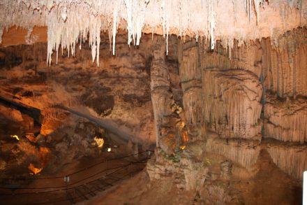 Nur ein kleiner Teil des ca. 4 Kilometer langen Höhlensystems kann besichtigt werden