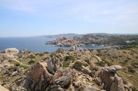 Wunderschön zum Wandern und Staunen ist Capo Testa auf Sardinien