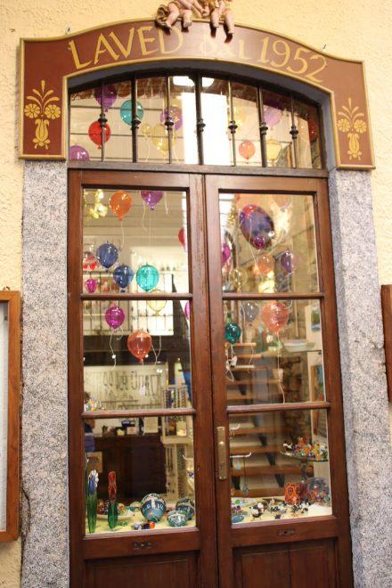 Die Schaufenster von Bellagio sind selbst schon kunstvoll
