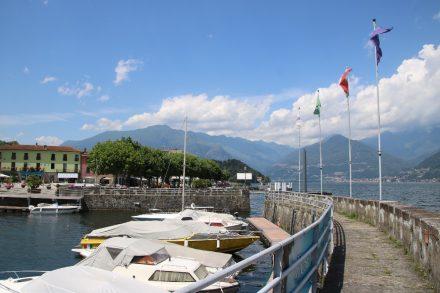 Hafenmauer und Bootshafen von Colico
