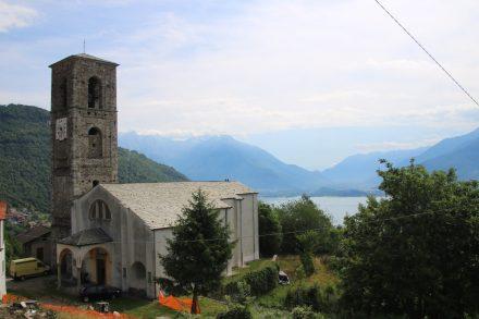 Oberhalb von Gravedona thront diese hübsche Kirche