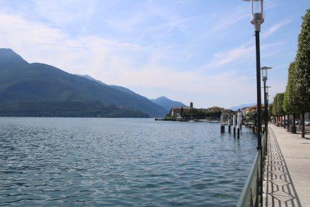 Wunderschön angelegt ist die Seepromenade im ruhigen Gravedona