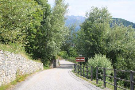 Die ganze Tour verläuft auf Halbhöhe über dem Lago die Como